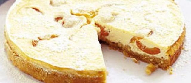 Apricot & ricotta torte