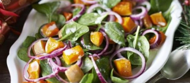 Spinach & squash salad with coconut dressing