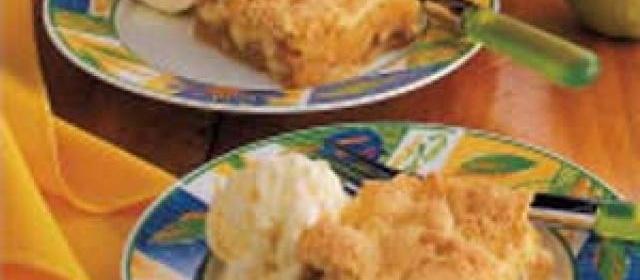 Cake-Topped Apple Cobbler