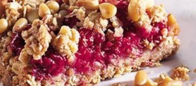 Raspberry & pine nut bars
