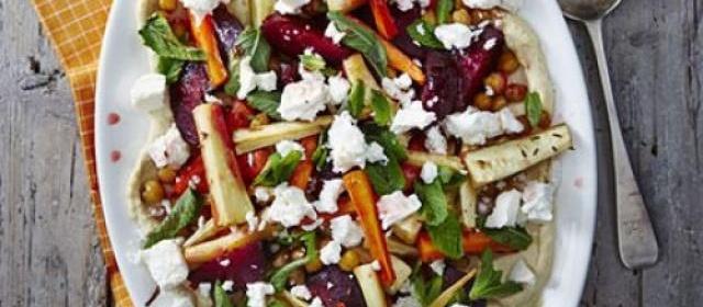 Minty roast veg & houmous salad