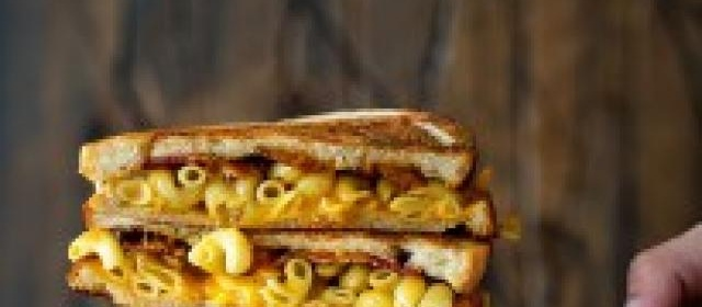 Bacon, Mac and Cheese Melt