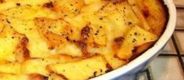 Shearers' Mince and Potato Hot Pot