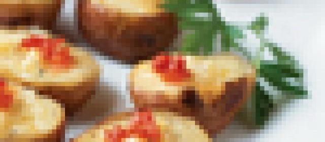 Mini Polenta Cakes with Smoked Salmon