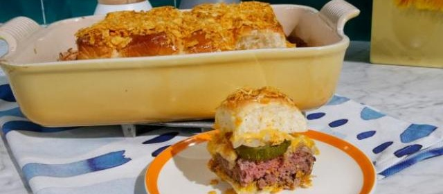 The Easiest Cheeseburger Sliders Recipe   Food Network   Food ...