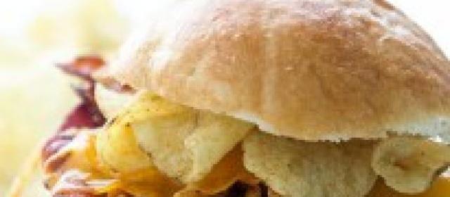 The Brunch Crunch Burger