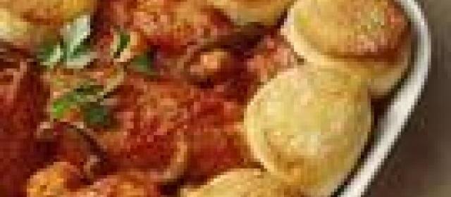 Chicken Cacciatore Biscuit Bake