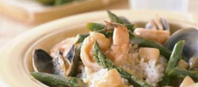 Seafood in Red Curry with Sticky Rice