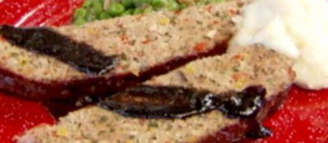 Roasted Vegetable Meatloaf with Balsamic Glaze