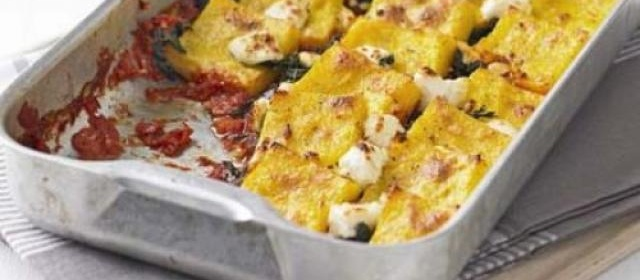 Baked polenta with spinach & goat's cheese