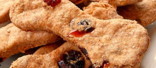 Brie's Turkey and Cranberry Dog Bones