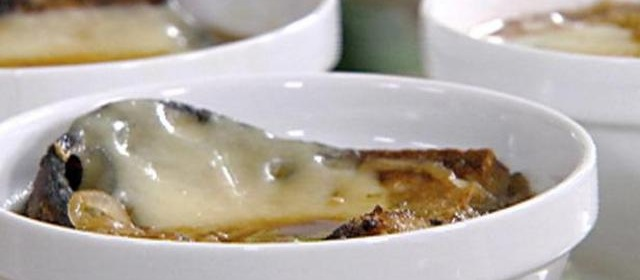 Guinness and Onion Soup with Irish Cheddar Crouton Recipe ...
