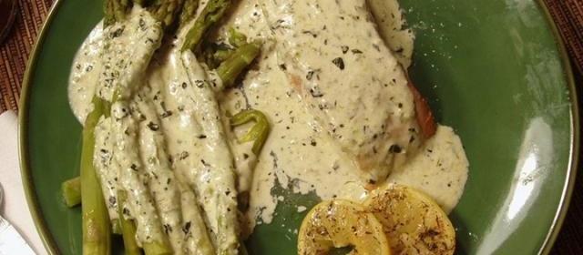 Salmon in Creamy Silk Sauce