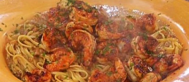 Smokin' Dave's Cafe's Fiery Cajun Shrimp Alfredo
