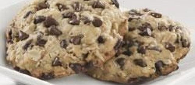 Chocolate Chip Cookies with Truvia® Baking Blend