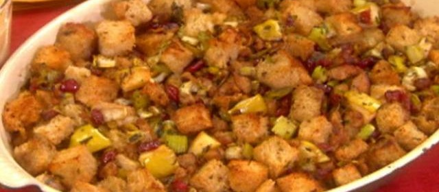 Sausage, Dried Cranberry and Apple Stuffing Recipe