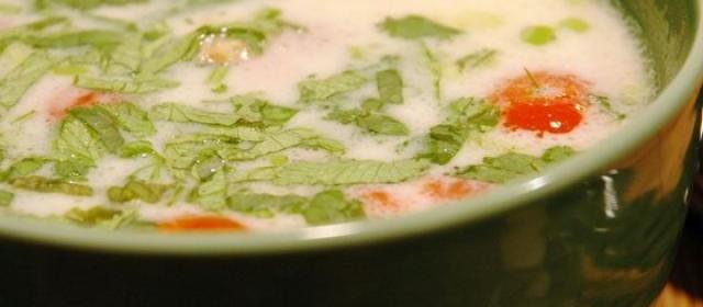 Tom Ka Gai (Coconut Chicken Soup)