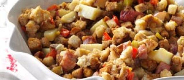 Smoked Sausage & Potato Dressing