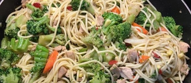 Stir Fried Pasta with Veggies Photos