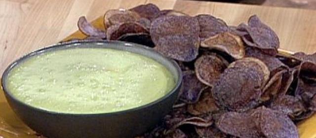 Peruvian Purple Potato Chips with Cilantro Aioli