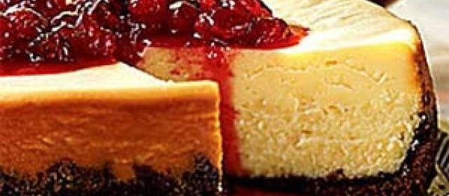 White Chocolate Cheesecake with Cranberry Currant Compote ...