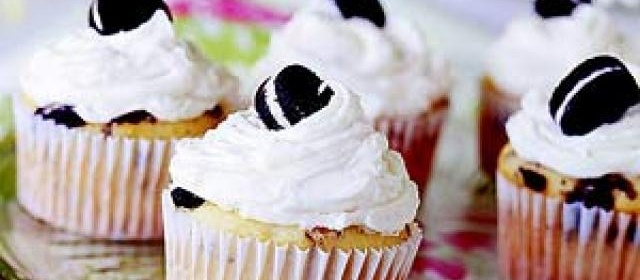 Cookies-and-Cream Cupcakes