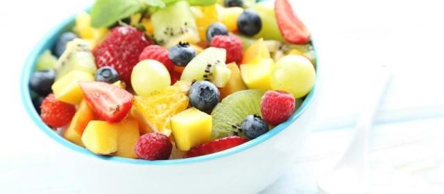 Fruit Salad with Kiwi, Strawberries and Mango
