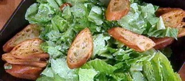 Hearts of Romaine with Spicy Garlic Ranch Dressing Recipe ...