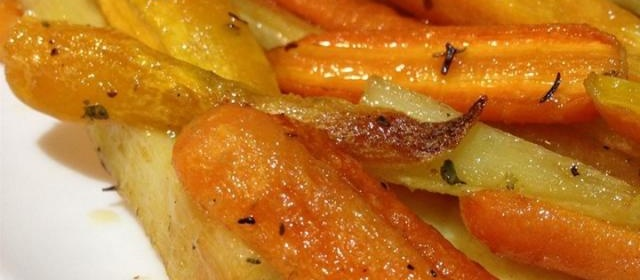 Roasted Sweet Potatoes and Vegetables With Thyme and Maple ...