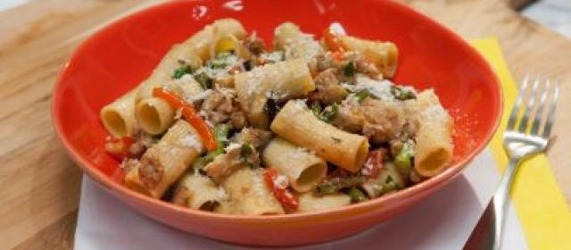 Rigatoni with Spicy Chicken Sausage, Asparagus, Eggplant, and ...