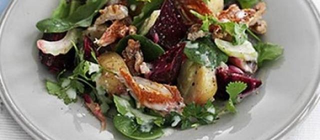 Warm mackerel & beetroot salad