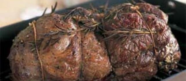 Mediterranean Roasted Leg of Lamb with Red Wine Sauce Recipe ...