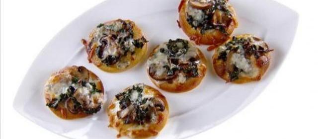 Roasted Mushroom and Kale Pizzette Recipe   Giada De Laurentiis ...