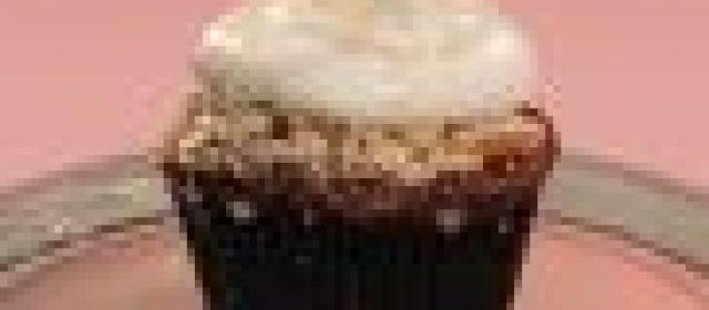 Cherry Cobbler Cupcake