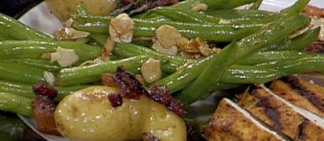 Pan Roasted Fingerling Potatoes with Crispy Bacon and Fried Sage ...