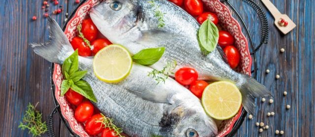 Baked Bream With Tomatoes