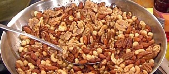 Holiday Spiced Nuts Recipe